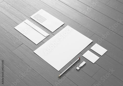 Briefpapier Visitenkarte Kuvert Usb Stick Bleistift Auf Holz