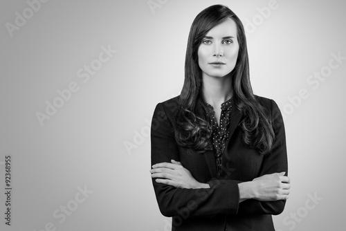 Fotografía  Schwarz-Weiß Portrait einer schönen jungen Frau