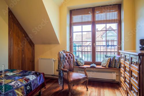 Fotografía  Room with colonial style armchair
