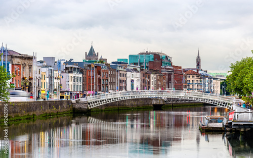 Canvas Print View of Dublin with the Ha'penny Bridge - Ireland