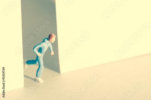 Fotografía  出口に向かって走る人間