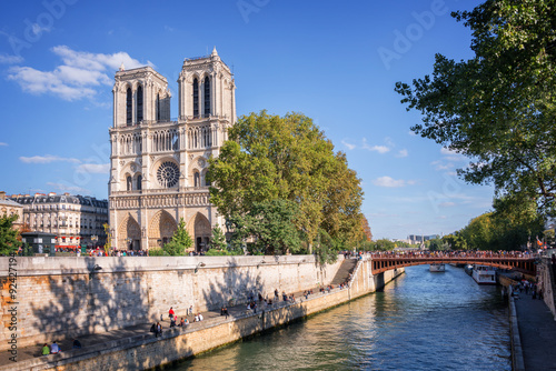 Photo sur Toile Paris Notre Dame de Paris and the river Seine, Paris, France