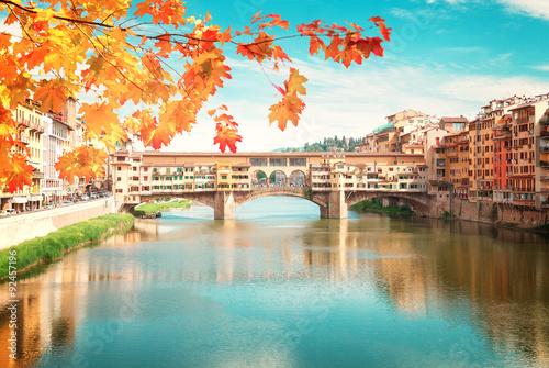 Montage in der Fensternische Florenz Ponte Vecchio, Florence, Italy