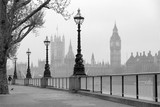 Big Ben & Houses of Parliament, black and white photo - 92530323
