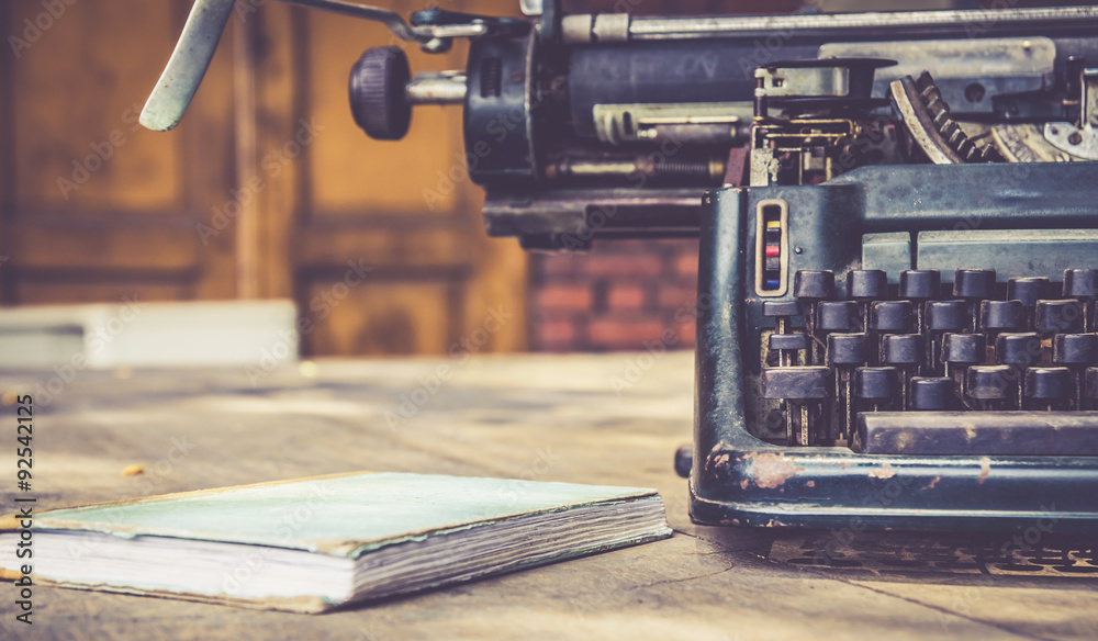 Fototapety, obrazy: close up of typewriter vintage retro styled