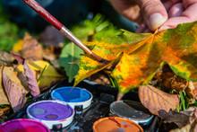 Herbstliche Deko Blätter Anmalen