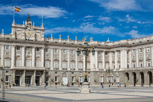 Foto  Royal Palace in Madrid, Spain