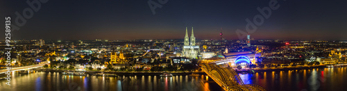 fototapeta na szkło Köln nacht Skyline Panorama