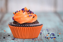 Halloween Cupcake With Sprinkl...