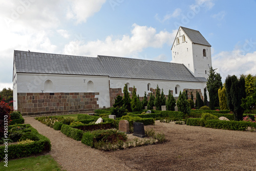 Fotomural Romanische Dorfkirche Nörre Nebel aus dem 11. Jahrhundert