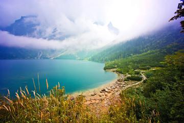 Obraz na Szkle Góry Nature in mountains. Lake in mountains.
