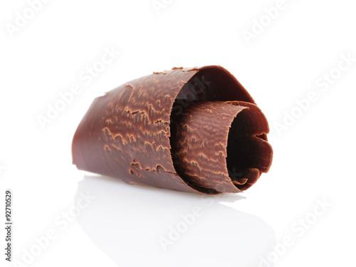 Foto op Aluminium Snoepjes dark chocolate curl isolated on white