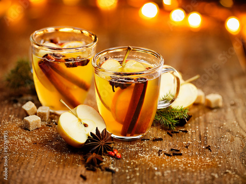 Hot cider with spicy seasonings and citrus fruits