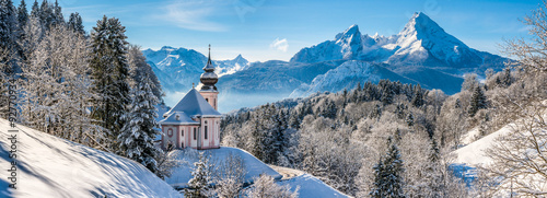 Poster Bleu Idyllic winter landscape with chapel in the Alps, Berchtesgadener Land, Bavaria, Germany