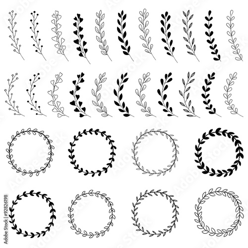 Photo  Hand Drawn Wreath Designs