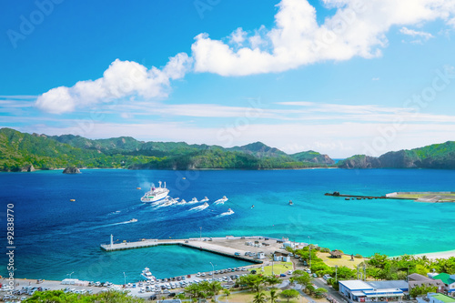 Foto op Plexiglas Zee / Oceaan 小笠原諸島父島でのおがさわら丸の出港風景