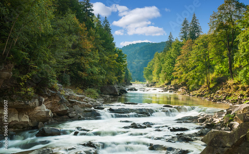 Obraz mountain river - fototapety do salonu