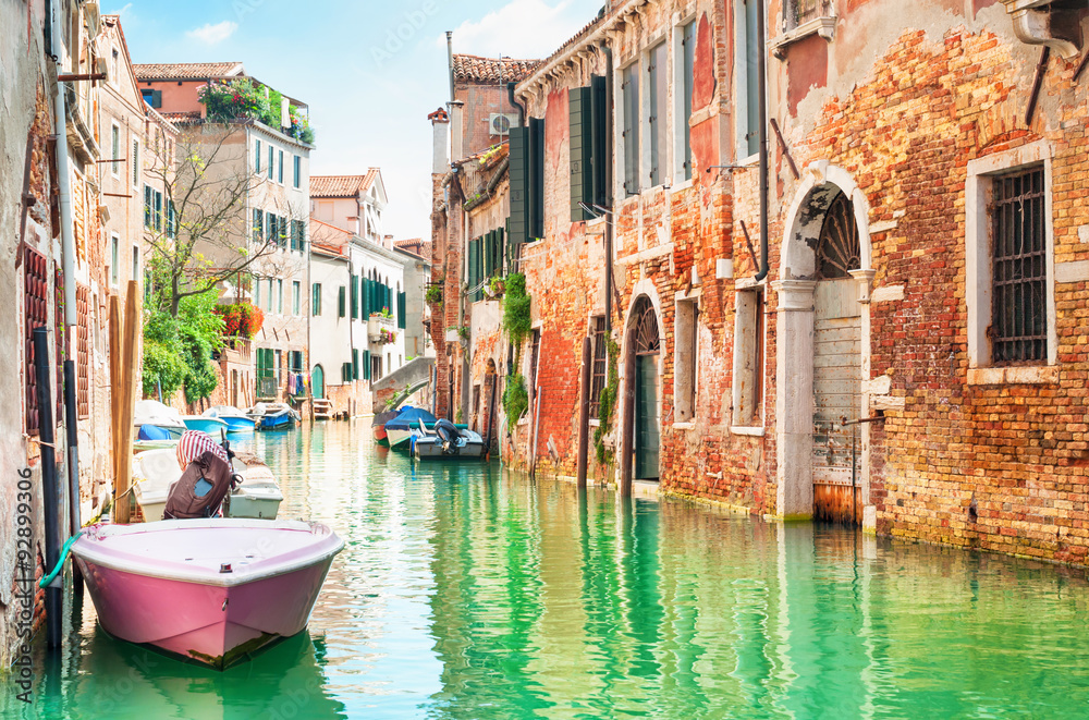 Fototapety, obrazy: Canal in Venice, Italy.