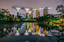 Supertree Grove At Garden By The Bay In Singapore And View On Marina Bay Sands