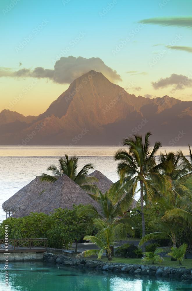 Fototapeta Sunset over the sea and mountains,  Tahiti...