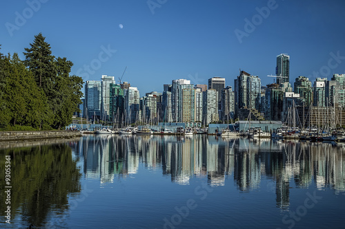 Spoed Foto op Canvas Canada Cith of Vancouver when viewed from Stanley Park in BC.