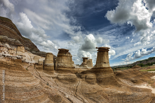 Photo Iconic Hoodoos of Drumheller, Albera badlands.