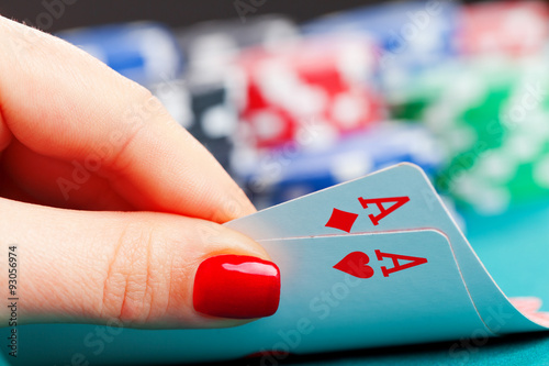 Fotografija  Two aces and gambling chips