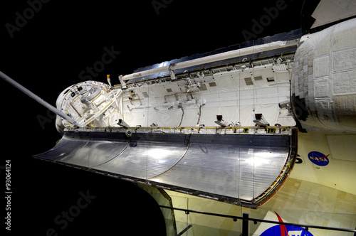 Deurstickers Nasa Cape Canaveral, Florida, USA - May 6, 2015: Space shuttle on display at Kennedy Space Center