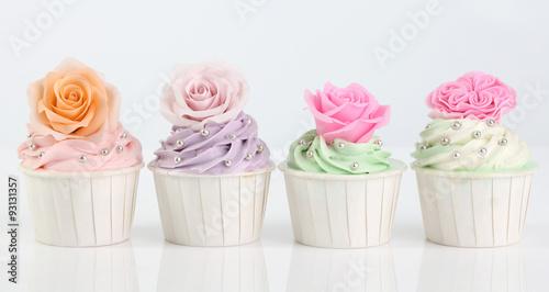 Photo  Rose cupcake