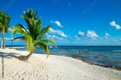 Spoed Fotobehang Eiland beach