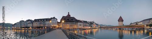 Photographie  Lucerne Chapel Bridge and Reuss river panorama at Switzerland