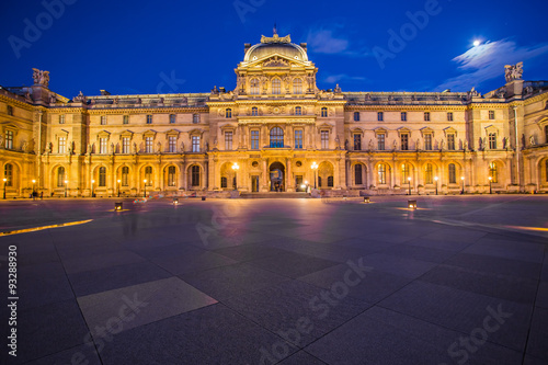 Twilight at Louvre Museum in Paris, France Fototapeta
