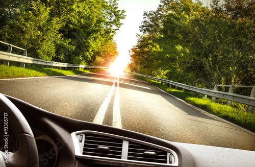 Photo  strada vista dall'interno di un'automobile