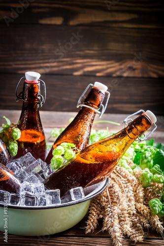 Tuinposter Bier / Cider Fresh and cold cider beer