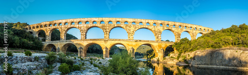 Papiers peints Ponts Panoramic view at Pont du Gard bridge