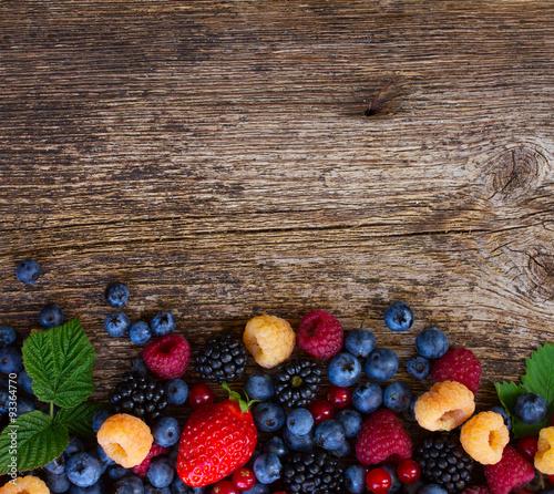 tlo-swiezych-jagod