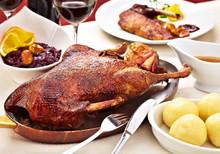 Roast Goose In A Pan