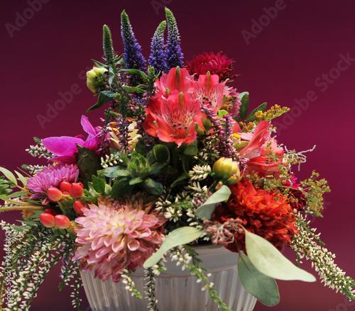 Blumenbuquet mit Dahlien