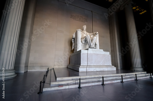 Stampa su Tela  The statue of Abraham Lincoln, Lincoln Memorial, Washington DC