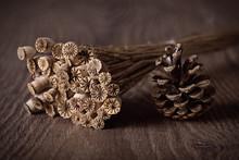 Boquet Dry Poppy Head And Pine...