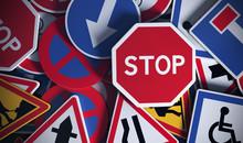 Panneaux De Signalisation Vue De Face, Code De La Route.