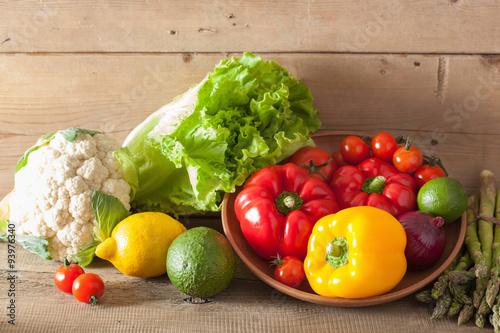 vegetables tomato pepper avocado onion cauliflower lettuce © dusk