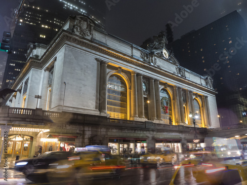 Photo  Grand Central Station at Night with Blur of Cars Moving