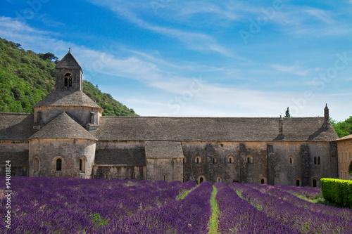 Foto op Aluminium Aubergine Abbey Senanque and Lavender field, France