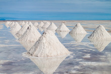 Hills Of Salt - Salt Extractio...