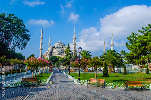 Fotomural View over the blue mosque in Istanbul.