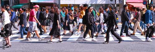 Fotografie, Obraz  横断歩道を歩く群衆