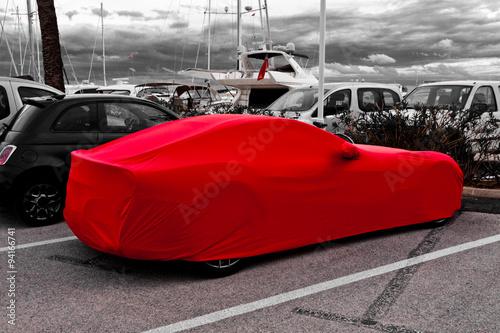 Fotografia  Abgedecktes Auto