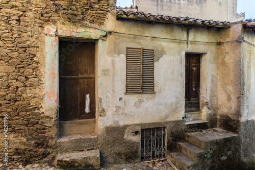 Fototapety, obrazy: Bergdorp Aritzo op Sardinië