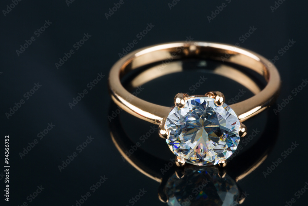 Fototapety, obrazy: Gold ring with brilliant